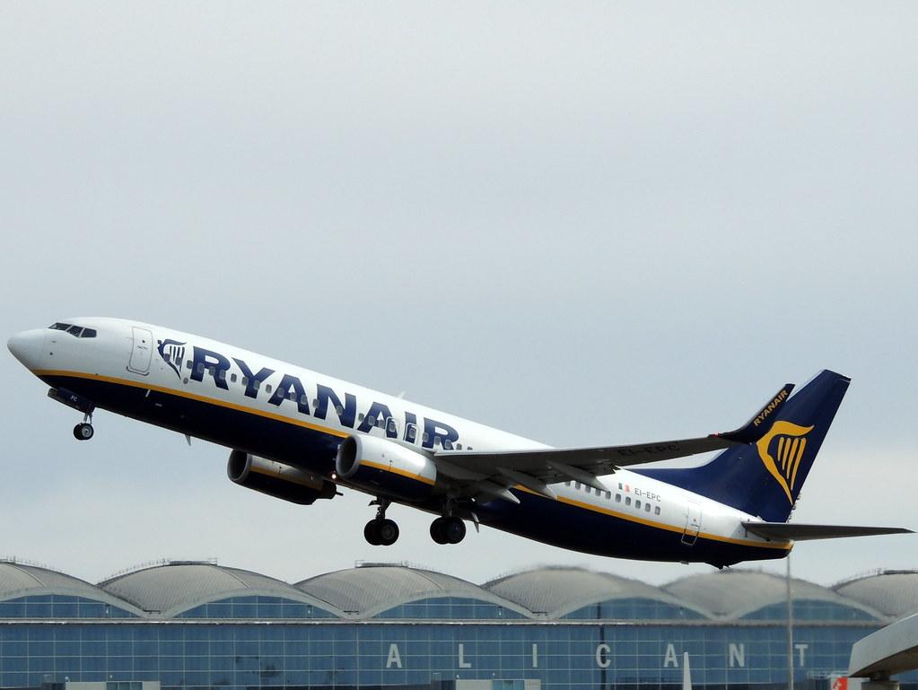 EI-EPC - B738 - Ryanair