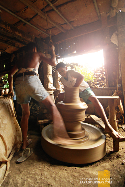 Making Jars at Pagburnayan in Vigan City