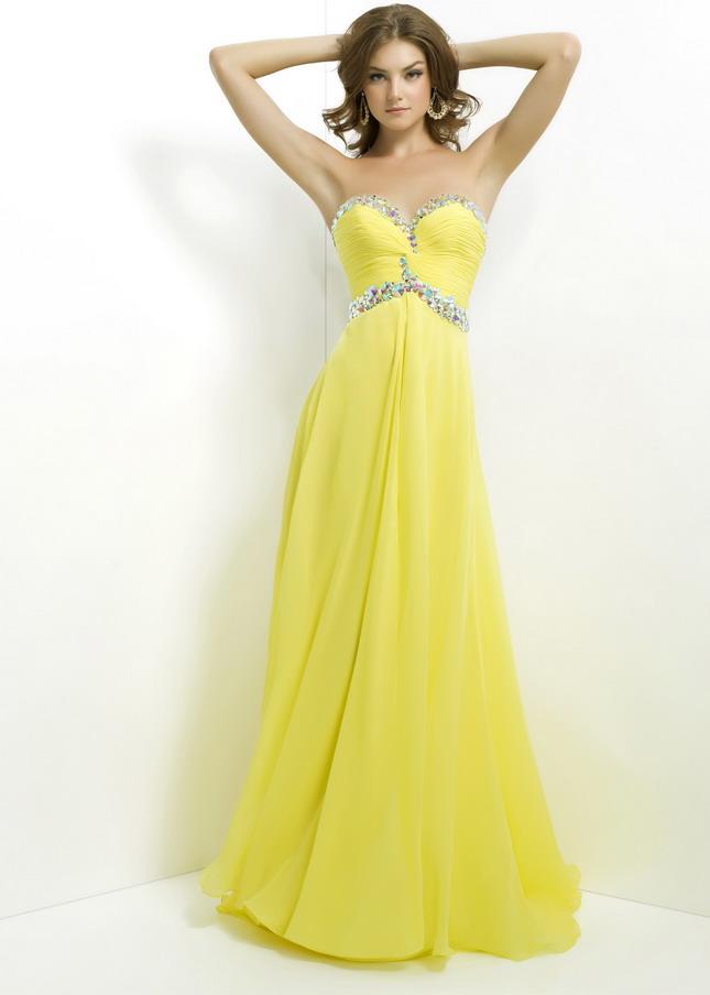 Как выбрать стильное платье подходящего цвета?
