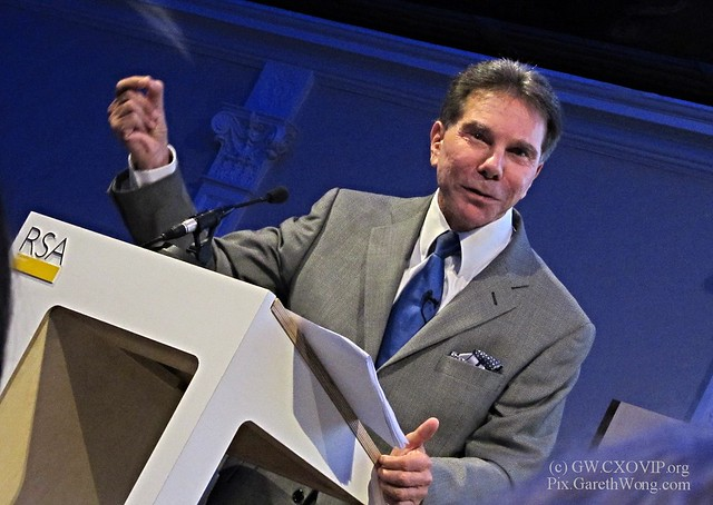 Dr. Robert Cialdini on The small BIG at RSA IMG_3104 @RobertCialdini