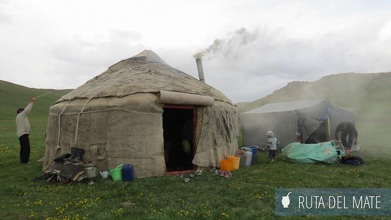 Lago Song-Kol Kirguistán (24)