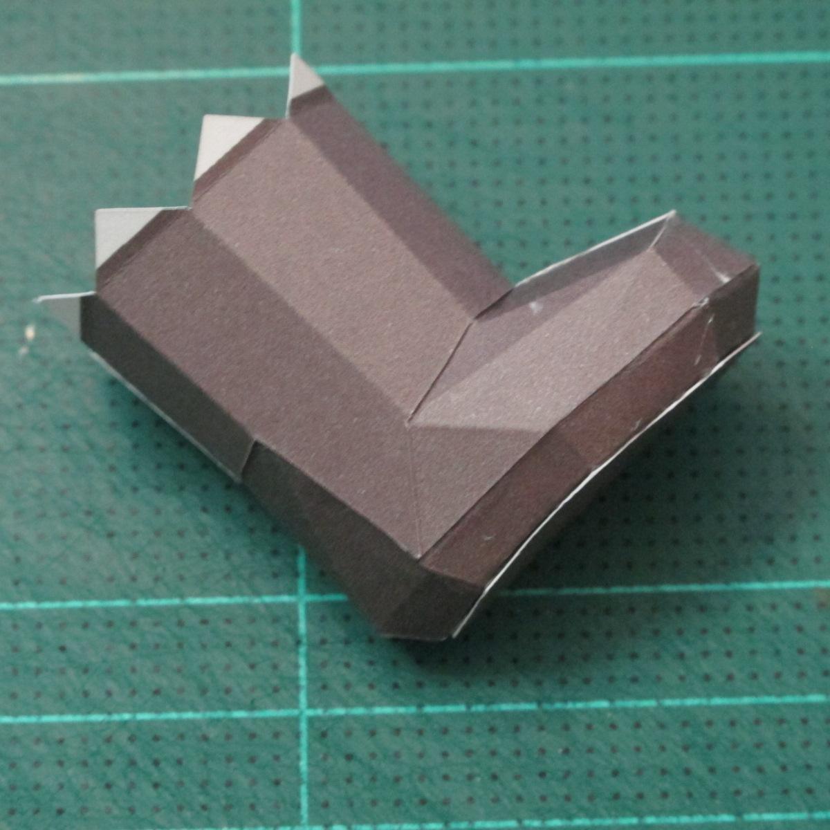 วิธีทำโมเดลกระดาษหมีบราวน์ชุดบอลโลก 2014 ทีมบราซิล (LINE Brown Bear in FIFA World Cup 2014 Brazil Jerseys Papercraft Model) 014