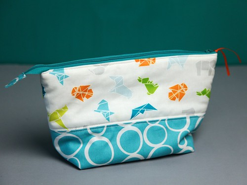 Origami open wide zip pouch