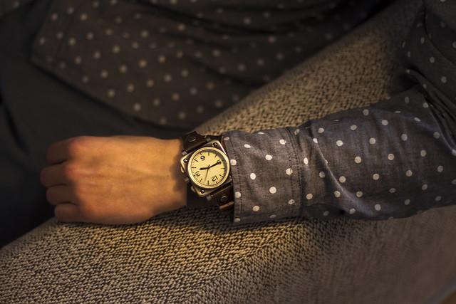 bob hodinky detail