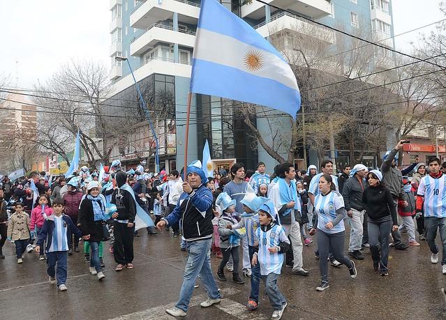 ROCA FESTEJOS ARGENTINA SEMIFINALES RN 13