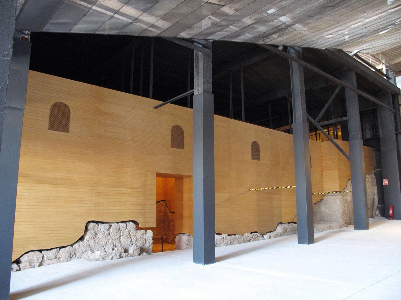 estructura colgada de madera: restos sinagoga lorca murcia