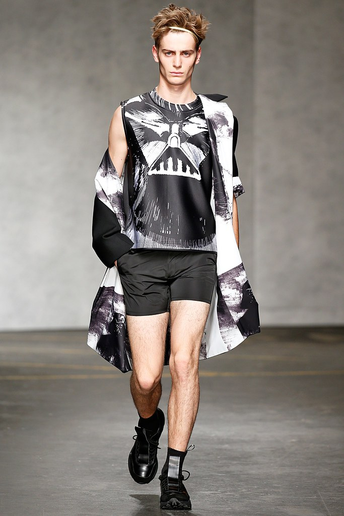 SS15 London Xander Zhou042_Ben Allen(VOGUE)