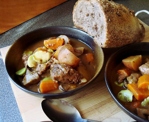 Healthy Slow Cooker Beef and Vegetable Stew