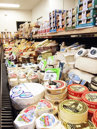 Earth Fare Greenwood cheese department