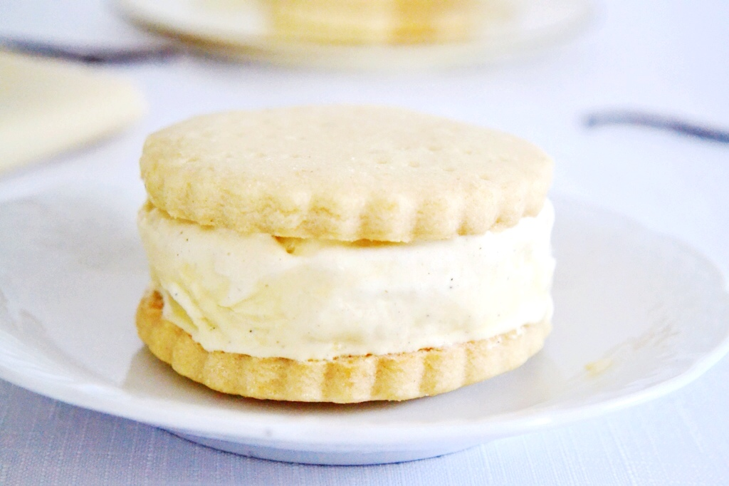 shortbread icecream sandwich