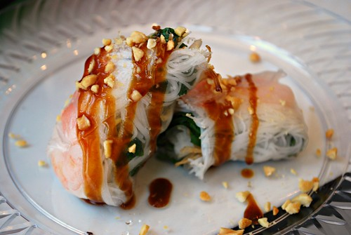 Vietnamese Shrimp Spring Roll {Gỏi Cuốn}