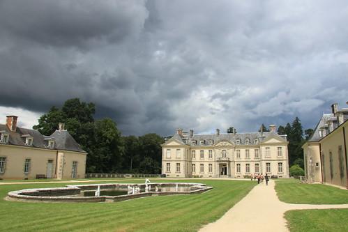 Le château de Kerguéhennec - with stormy skies