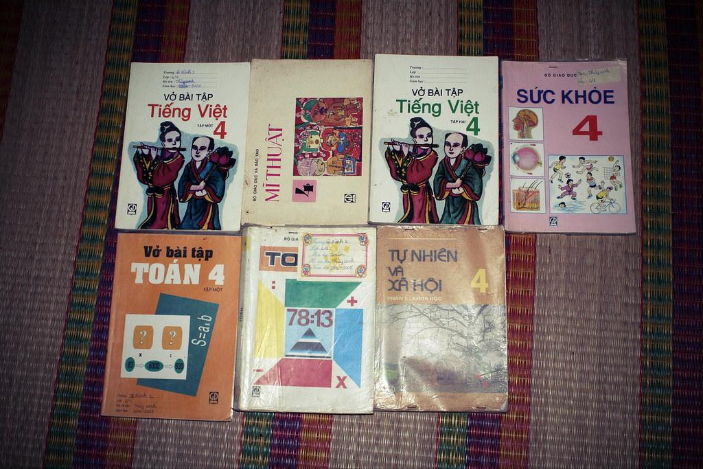 Sách giáo khoa tiểu học cũ - nơi lưu giữ từng trang ký ức 14705442158_9d55254600_b