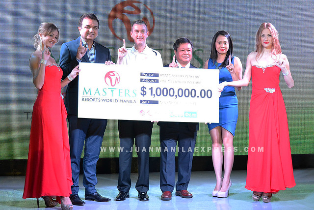 RESORTS WORLD MANILA MASTERS. Stephen James Reilly, Chief Operating Officer, Resorts World Manila (center) together with Bob Sobrepena, Southwoods Golf and Country Club; Asian Tour Chairman Kyi Hla Han; and Madeline Aure, 918.com presenting the prize fund to the media.