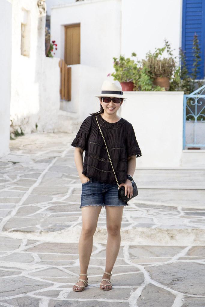 Paros-ootd-shorts