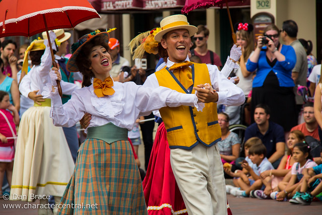Main Street USA Welcomes Summertime!