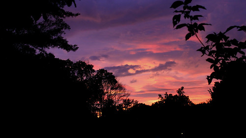 pink sunset summer sky color colour weather silhouette clouds canon skies shadows purple afterthestorm vibrant maryland t3i summersunset sunsetsilhouette canont3i blendofcolour afterthestormsunset