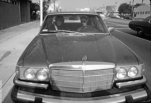 David Bowie & Paul Buckmaster, Los Angeles, 1975                                                                                  ( Photo Brad Elterman) Mercedes-Benz 450SEL 6.9