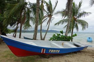 Barco na praia de Puerto Viejo de Talamanca