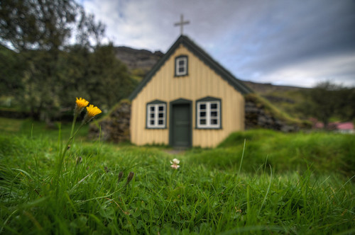 travel vacation church grass iceland nikon dandelion east tokina hdr turf hof d300 photomatix turfchurch 1116mm brandonmkopp
