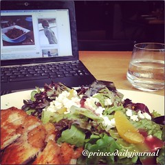 "Taking a nice #lunch break from studying. #whatsprinceeating: ""Chicken Garden Salad with oranges and cherry red vinegarette"" Also check out my tumblr page @princesdailyjournal to see pics and links to my show on @urbusinessnetwork. Bon Appetite www.prince"