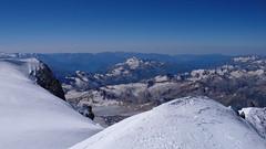 Widok ze szczytu Elbrus (5642m) na wschód.