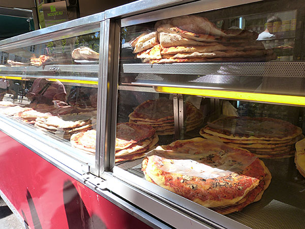 aix pizza 2