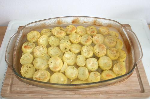 30 - Form aus dem Ofen entnehmen / Take casserole from oven