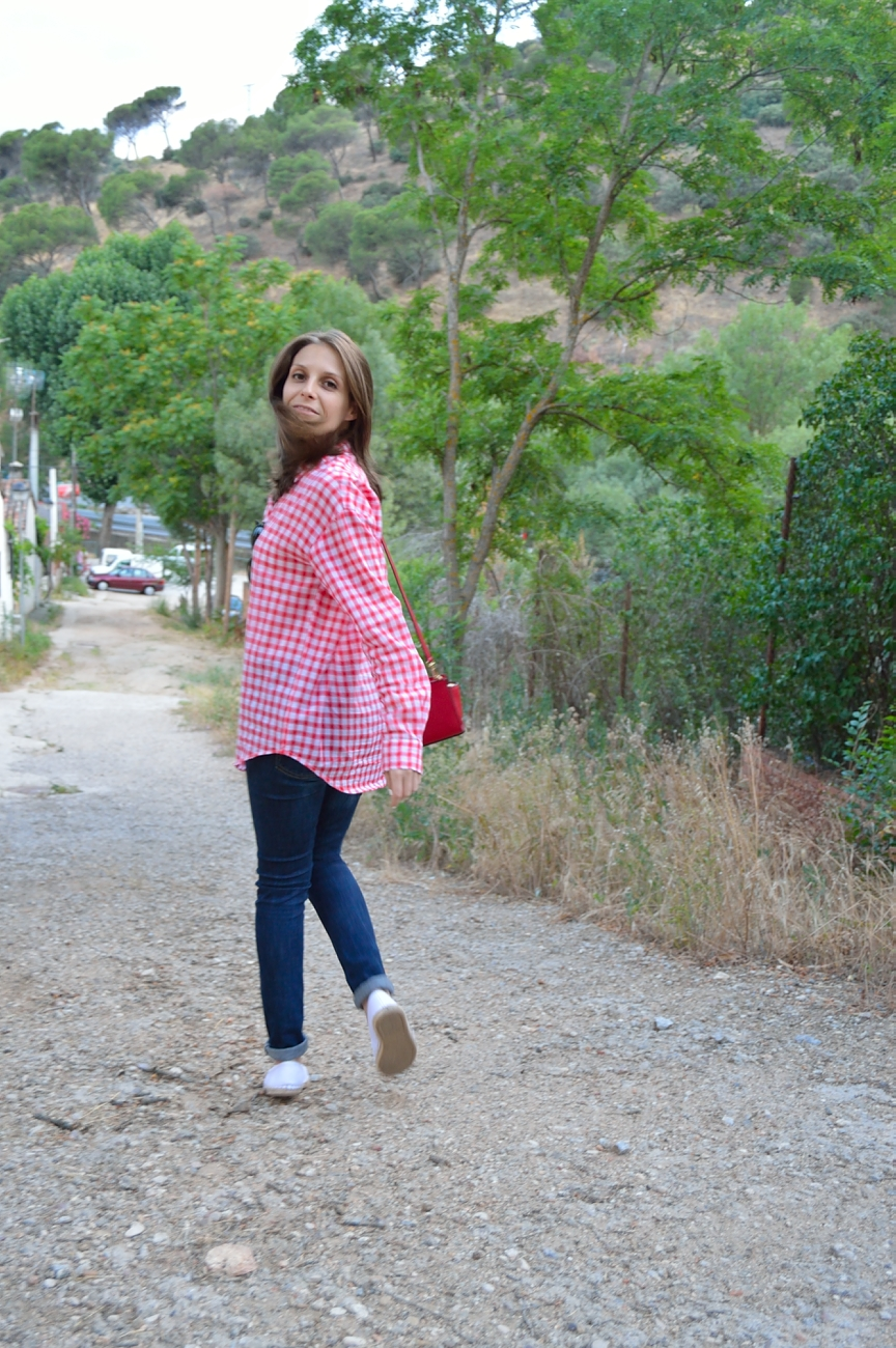 lara-vazquez-madlula-blog-style-fashion-red