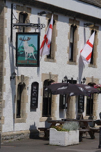 The White Hart in Catle Cary