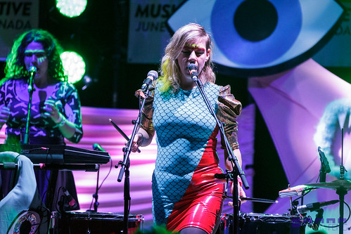 tUnE-yArDs @ Massey Hall 6/19/2014