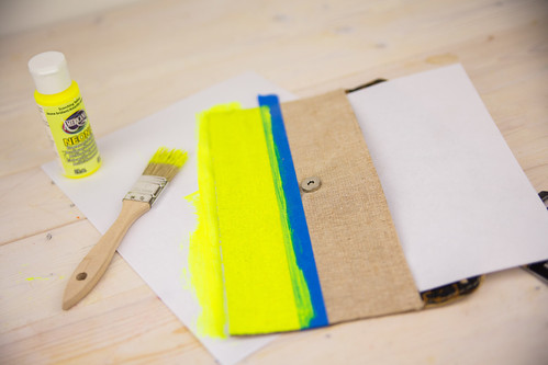 DIY Neon Clutch #FreshNaturally #Shop