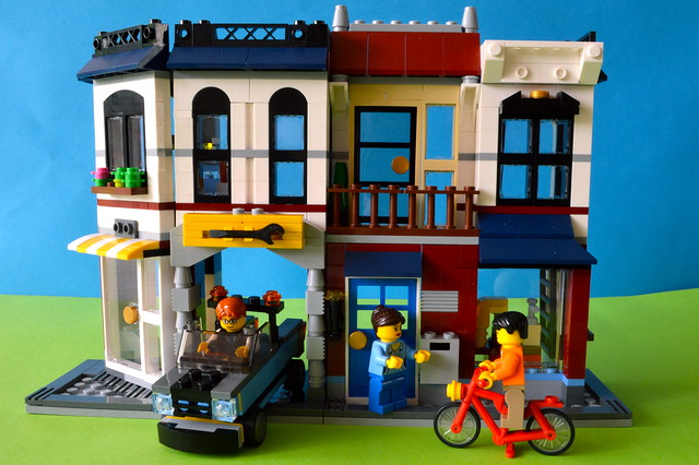 lego bike shop and cafe instructions