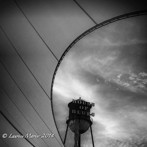 world bw blackwhite orlando downtown florida tent disney cirque houseofblues