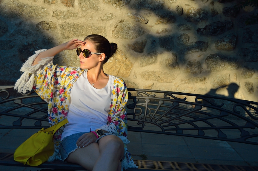 lara-vazquez-madlula-fringes-sunny-summer-sunset