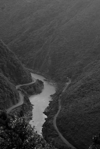 road blackandwhite bw mountain river landscape scenery rail tunnel cliffs ranges gorge steep manawatu tararua ruahine