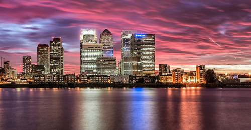 city sunset london canarywharf