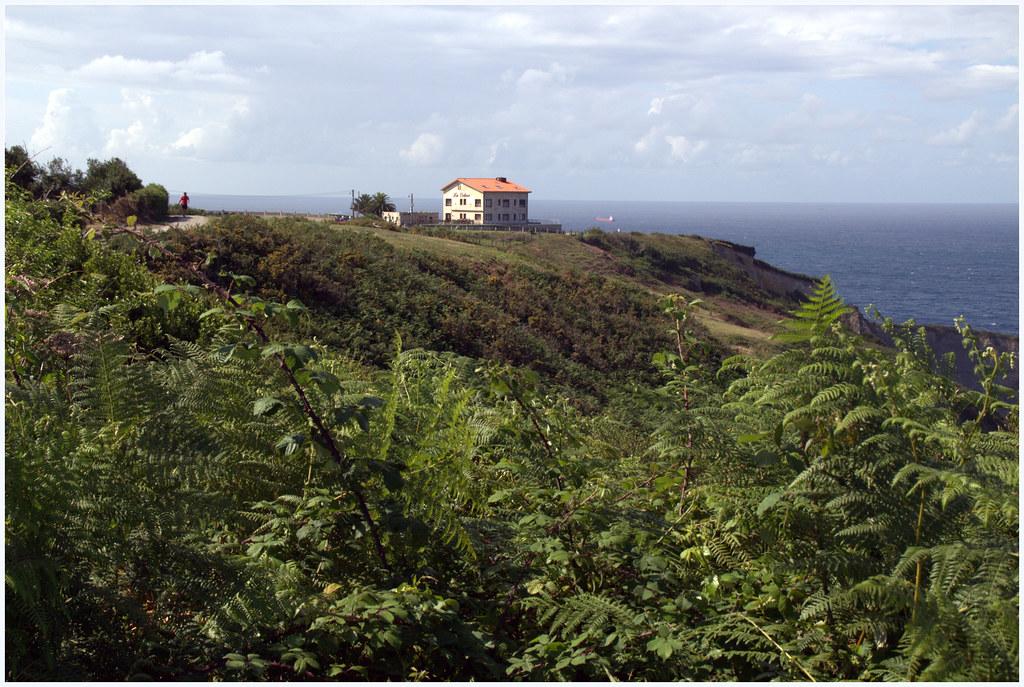 Un hotel en la colina