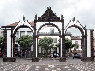 Hình ảnh của Portas da Cidade. portugal azores saomiguel pontadelgada