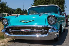 auto show(0.0), convertible(0.0), chevrolet(1.0), automobile(1.0), automotive exterior(1.0), 1957 chevrolet(1.0), vehicle(1.0), custom car(1.0), compact car(1.0), antique car(1.0), chevrolet bel air(1.0), sedan(1.0), vintage car(1.0), land vehicle(1.0), luxury vehicle(1.0), motor vehicle(1.0),