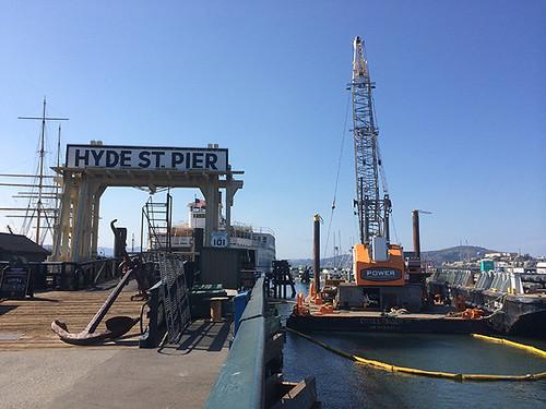crane for pier work
