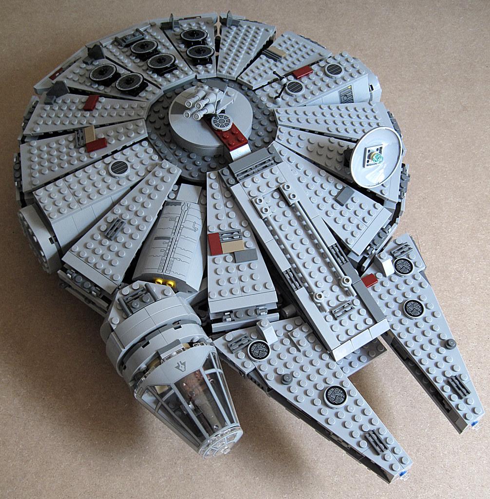my Millennium Falcon 7965 15034051752_5fe9e0543e_b