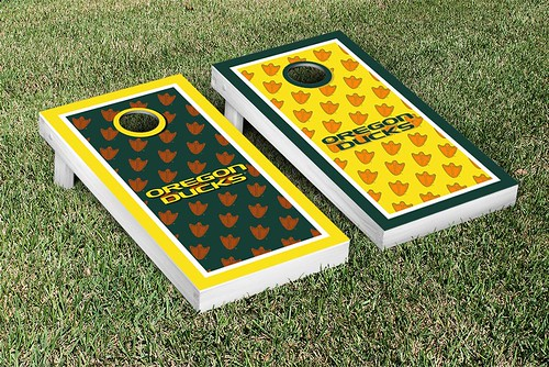 Oregon Ducks Cornhole Game Set Border Version 2