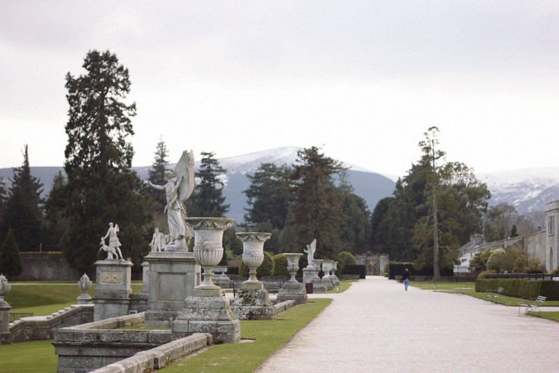 powerscourt statues