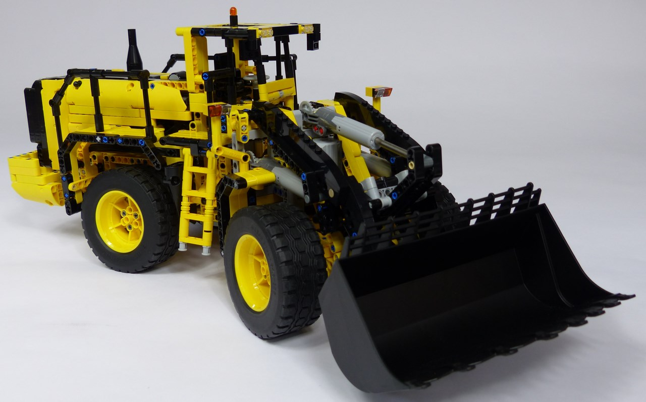 lego technic 42030 volvo l350f flickr photo sharing. Black Bedroom Furniture Sets. Home Design Ideas