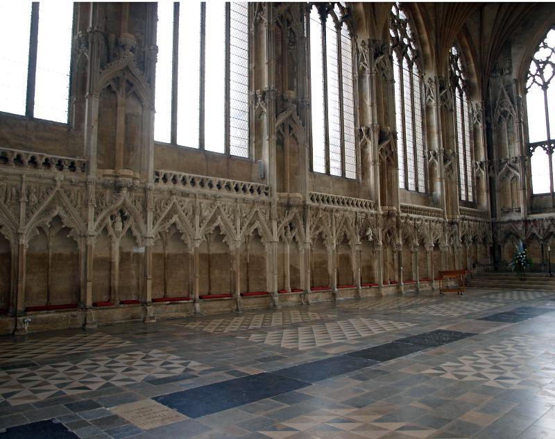 Lady chapel N sedilla (1)