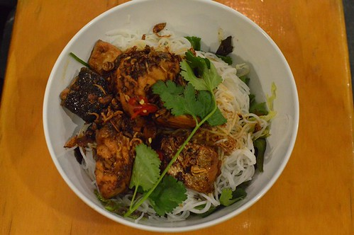 Miss Chu Tuckshop: Seared Atlantic salmon vermicelli salad