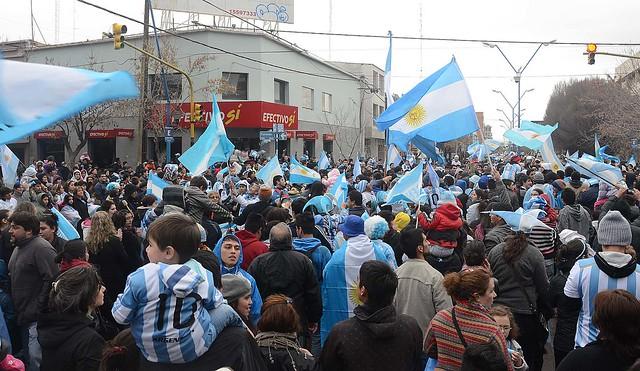 ROCA FESTEJOS ARGENTINA SEMIFINALES RN 20