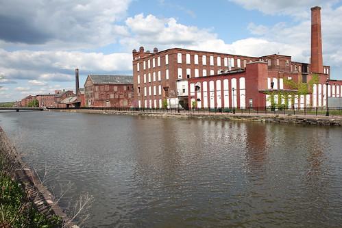 mill canal massachusetts holyoke papermill holyokecanal holyokecanalsystem 1stlevelcanal firstlevelcanal