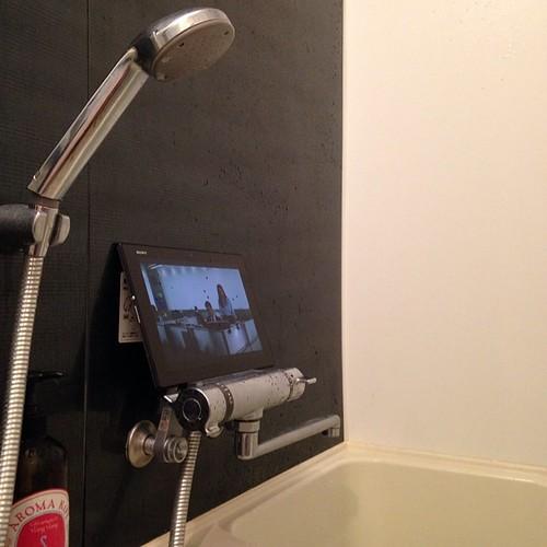 Xperia Z2 Tablet、防水だからお風呂で使える。音楽も聴けるし、映画も観れる。電子書籍も読める。長風呂するときは持っておきたい。 #Xperiaアンバサダー
